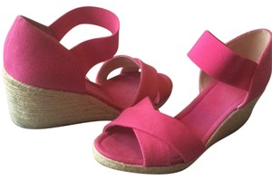 Nine West Pink Wedges