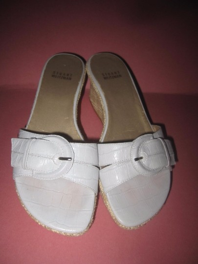 Stuart Weitzman Dressy Or Casual Mule Style W/ Buckle Wedge Heels Excellent Vintage Perfect For Summer white crocodile embossed leather and raffia Sandals Image 1