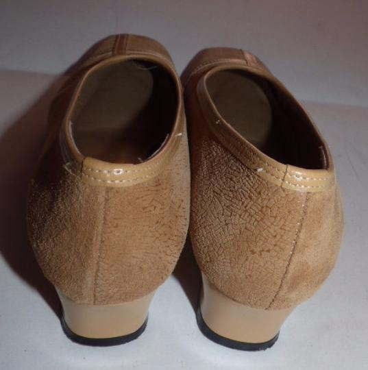California Magdesians Dressy Or Casual Retro Look Almond Toes Square Low Heels Linear Design tan suede & leather Flats Image 4
