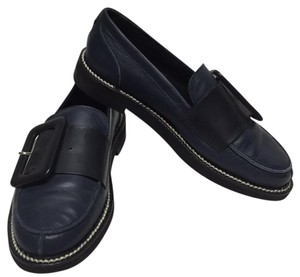 Collection Privee Navy Flats