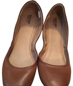 Mossimo Supply Co. Brown Flats