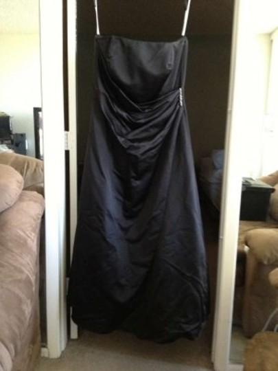 David's Bridal Black Satin Gown Style # 8567 Drape Rouching Br Formal Bridesmaid/Mob Dress Size 20 (Plus 1x)