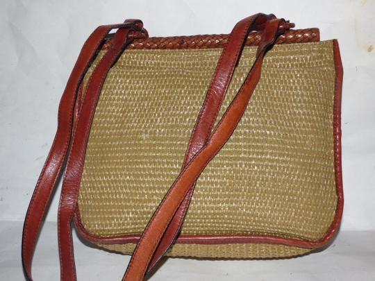 Etienne Aigner Great Everyday Rare Raffia/Leather Excellent Vintage High-end Bohemian Exterior Pocket Satchel in chestnut brown leather and natural woven raffia Image 1