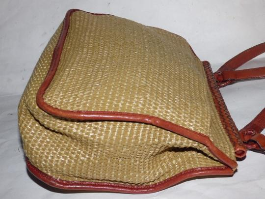 Etienne Aigner Great Everyday Rare Raffia/Leather Excellent Vintage High-end Bohemian Exterior Pocket Satchel in chestnut brown leather and natural woven raffia Image 6