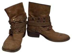 Barneys Co-Op Brown Boots