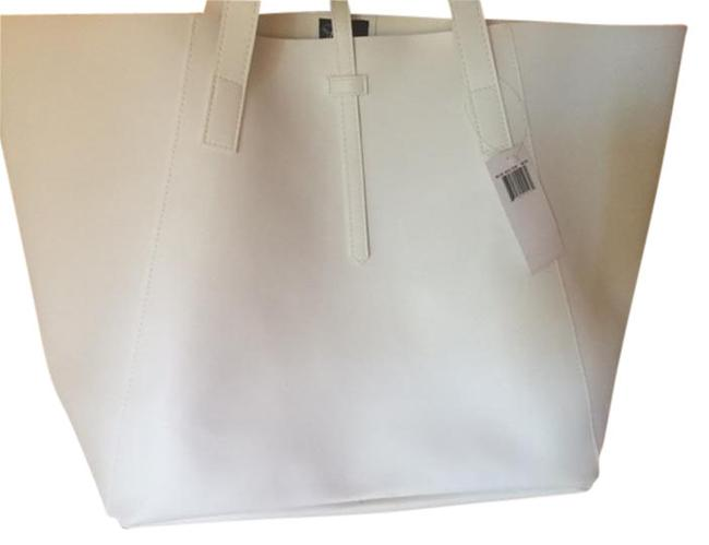 Item - White Faux Leather Tote