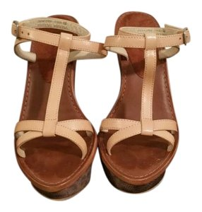 Elizabeth and James Beige Sandals