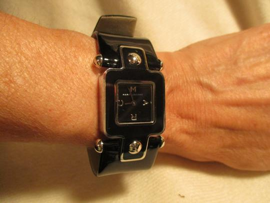 Marc by Marc Jacobs patent leather band Image 10