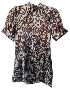 BCBGMAXAZRIA Bcbg Medium Silky Wrap New Top Brown & off-white