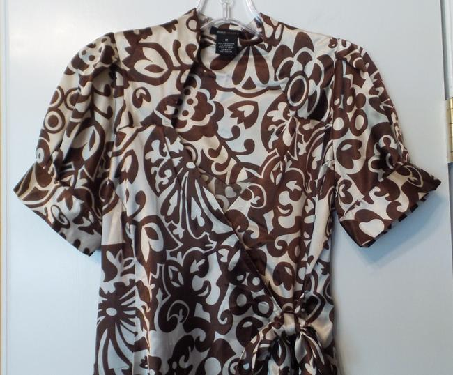 BCBGMAXAZRIA Bcbg Medium Silky Wrap New Top Brown & off-white Image 1