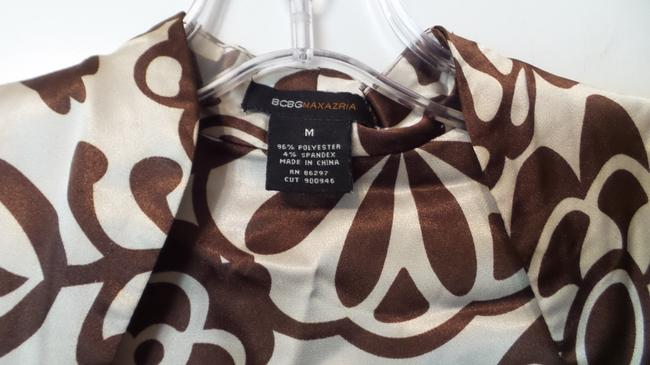 BCBGMAXAZRIA Bcbg Medium Silky Wrap New Top Brown & off-white Image 4