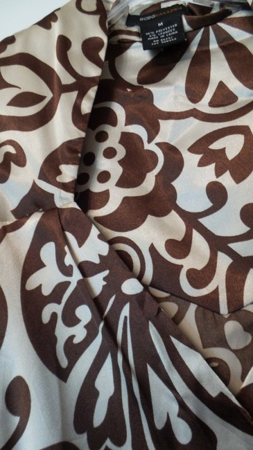 BCBGMAXAZRIA Bcbg Medium Silky Wrap New Top Brown & off-white Image 5