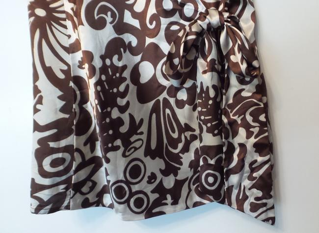 BCBGMAXAZRIA Bcbg Medium Silky Wrap New Top Brown & off-white Image 8
