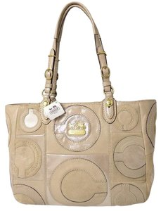 Coach Leather Siganture Rare Tote in Beige Champagne Tan Gold