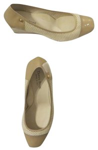 Taryn Rose Patent Leather New Beige Wedges