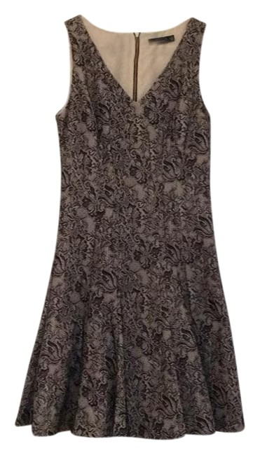 Preload https://img-static.tradesy.com/item/18536044/the-limited-nude-black-fit-and-flare-knee-length-cocktail-dress-size-4-s-0-1-650-650.jpg