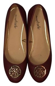 Charming Charlie Maroon and Gold Flats