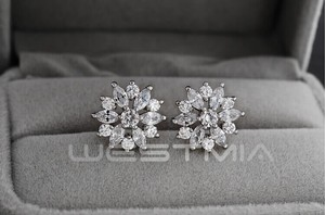 9.2.5 New Dangle Flower Cz Silver New Crystal Stud Earrings