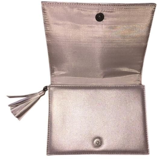Preload https://img-static.tradesy.com/item/18542467/neiman-marcus-cute-grey-clutch-0-1-540-540.jpg