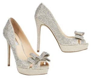 INC International Concepts Crystal Sparkle Formal Silver Pumps