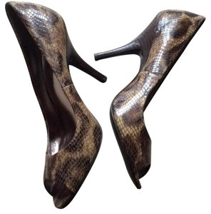 Alfani Pumps
