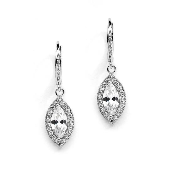 Preload https://img-static.tradesy.com/item/1854664/silverrhodium-crystal-drop-earrings-0-0-540-540.jpg
