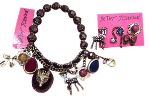 Betsey Johnson Rare BWT Betsey Johnson Stretch Bracelet with Set of 4 Earrings