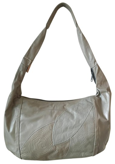 Preload https://img-static.tradesy.com/item/18548053/extra-large-soft-handbag-fully-lined-light-gray-leather-hobo-bag-0-1-540-540.jpg