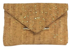 Elaine Turner Tan Gold Metallic Cork Clutch