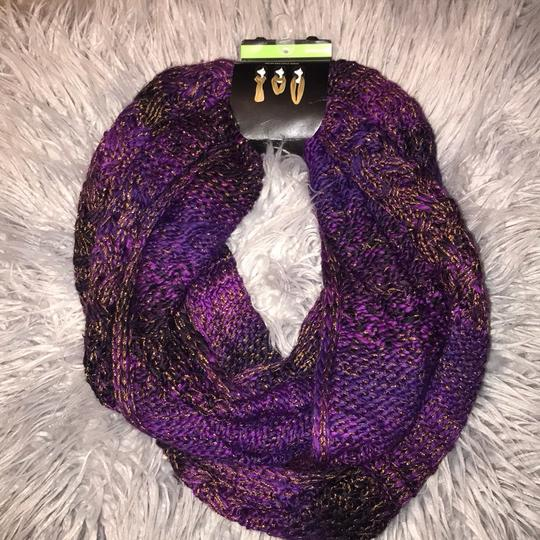 NWT Infinity Scarf Infinity Scarf Image 2