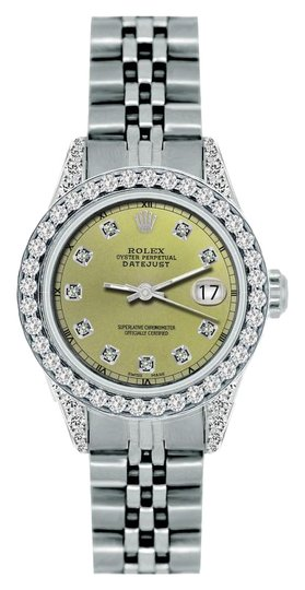 Preload https://img-static.tradesy.com/item/18548779/rolex-18ct-26mm-ladies-datejust-ss-with-box-and-appraisal-watch-0-1-540-540.jpg