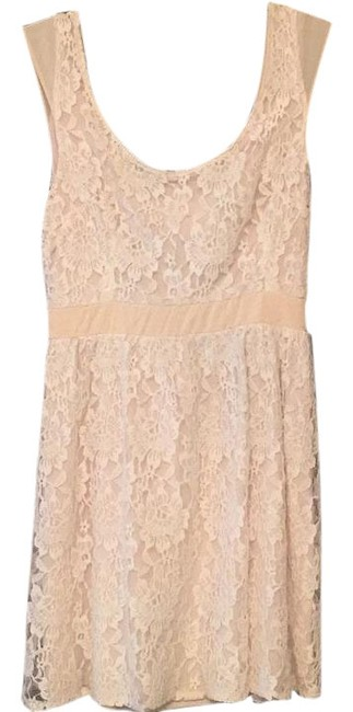 Preload https://img-static.tradesy.com/item/18549811/american-eagle-outfitters-cream-mini-short-casual-dress-size-6-s-0-1-650-650.jpg
