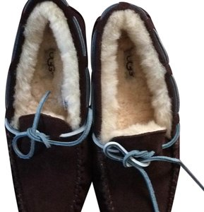 UGG dark brown with blue straps Flats