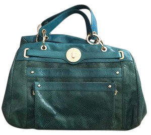 Charles David Tote in Emerald