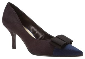 Ann Marino Black/Navy Pumps