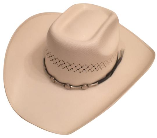 Preload https://img-static.tradesy.com/item/18553690/white-nwot-bullhide-panama-straw-round-up-collection-silver-city-hat-0-1-540-540.jpg