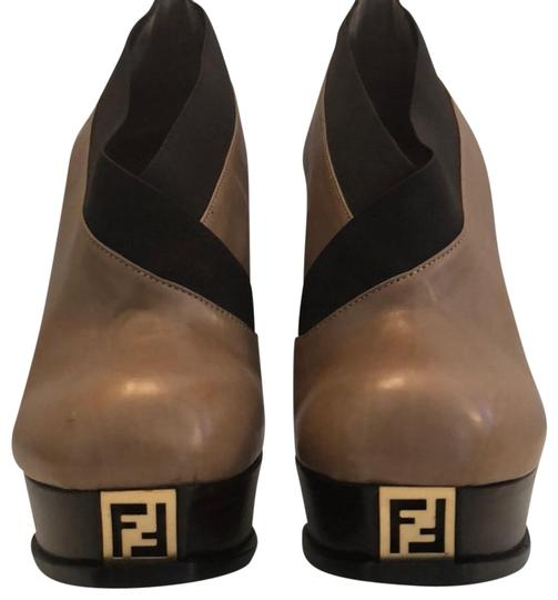 Preload https://img-static.tradesy.com/item/18554614/fendi-brown-bootsbooties-size-us-10-regular-m-b-0-3-540-540.jpg