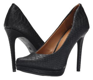 MIA Black Pumps