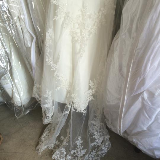 Ivory Overlay with Lace Formal Wedding Dress Size 12 (L)