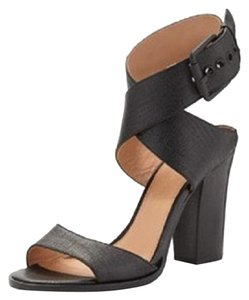 Vince Camuto Black (Nero) Sandals