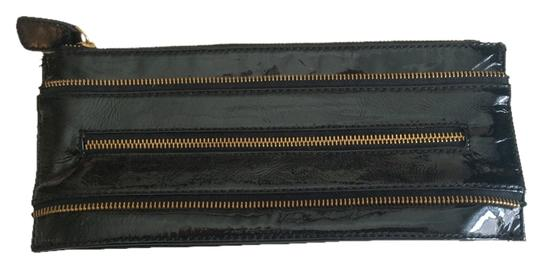 Preload https://item1.tradesy.com/images/with-zipper-detailing-black-clutch-1855600-0-0.jpg?width=440&height=440