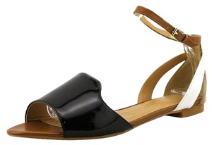 Tahari NUDE/BLACK/WHITE Sandals