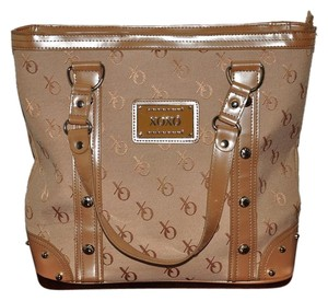XOXO Tote in Tan