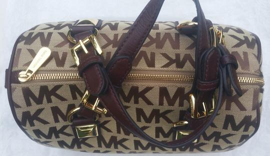 Michael Kors Mk Signature Gold Tone Hardware Leather Straps Pyramid Detail Satchel in BG/EB/Mocha