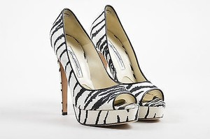 Brian Atwood White White, Black Pumps