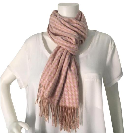 Preload https://img-static.tradesy.com/item/18559972/lord-and-taylor-pink-beige-cream-patterned-scarfwrap-0-3-540-540.jpg