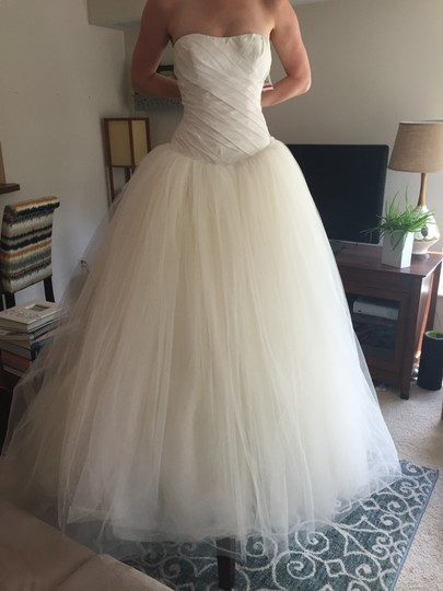 Vera wang bridal strapless tulle ball gown wedding dress for Vera wang wedding dresses on sale