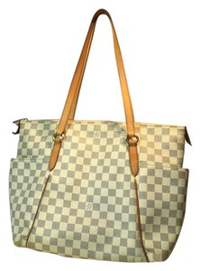 9c0db3d23959 Louis Vuitton Damier Bags - Up to 70% off at Tradesy