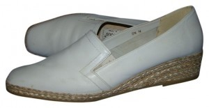 Andre Assous Ivory Wedges