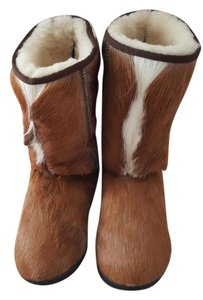 Clever Carriage Company Tan/White Sprinkgbok Boots